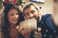 Mostri la vostra felicità nelle immagini immagine stock