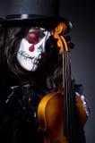 Mostro che gioca violino Fotografia Stock