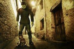 Mostro e bambina di Frankenstein Fotografia Stock Libera da Diritti