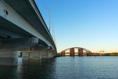 Mosty na rzecznym Dnipro Obrazy Royalty Free