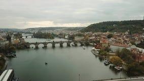 Mosty Praga wliczając sławnego Charles mosta nad Rzecznym Vltava republika czech, Europa zbiory