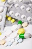 mot capsuls packar färg tableten för pills s Fotografering för Bildbyråer