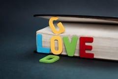 Mot coloré de Dieu d'amour Photo stock
