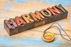 Mot d'harmonie dans le type en bois Photographie stock