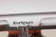 Mot d'hypothèque dactylographié sur une machine à écrire de vintage Photographie stock libre de droits