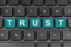 Mot de confiance sur le clavier Photographie stock libre de droits