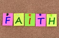 Mot de foi sur des notes Images libres de droits
