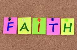 Mot de foi sur des notes Image libre de droits