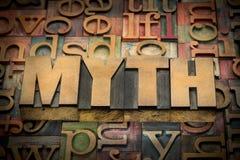 Mot de mythe dans le type en bois Images libres de droits