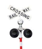 mot den blåa kommande skyen för tecknet för den järnväg vägen för crossingmekaniker set som traffic drevet, varna Arkivfoton