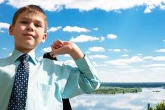 mot floden för pojkeaffärsdnipro royaltyfria bilder