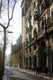 Mot ljus på Ramblasen i Barcelona Spanien Arkivfoto
