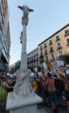 mot madrid popeprotest Arkivfoton
