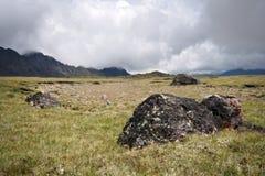mot oklarhetsdimmahögland beta stenar Fotografering för Bildbyråer