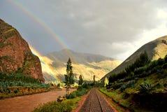 In mot regnbågestation Fotografering för Bildbyråer
