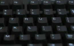 Mot vrai sur l'ordinateur Images libres de droits