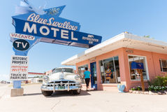 Motel azul del trago, Tucumcari Route 66 New México los E.E.U.U. Fotografía de archivo