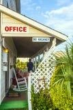 Motel nos bancos exteriores, EUA Foto de Stock Royalty Free