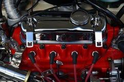 Moteur à quatre cylindres de véhicule à moteur. Image stock