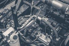 Moteur de moissonneuse, chaînes de vitesse, transmission de mécanismes de nouveau moteur moderne de véhicule de cartel de technol Photographie stock libre de droits