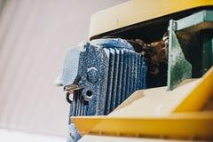 Moteurs électriques puissants pour l'équipement industriel moderne images stock
