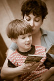Mother and  boy read the book Royalty Free Stock Photo