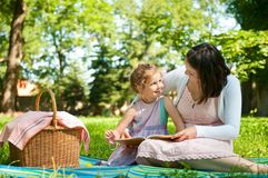 Mother and child - reading book Royalty Free Stock Images