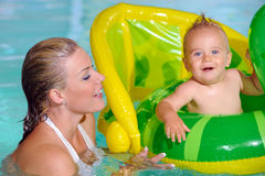 Mother and Child  Swimming Royalty Free Stock Images