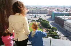 Mother and children looks on St.Petersburg Royalty Free Stock Images