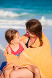 Mother and daughter at beach Royalty Free Stock Photos