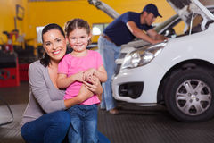 Mother daughter garage Stock Photography