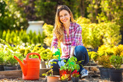 Mother and daughter  gardening together Royalty Free Stock Photos