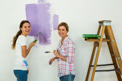 Mother and daughter painting Royalty Free Stock Photos