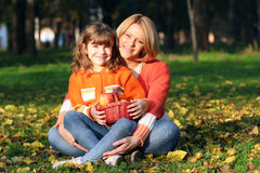 Mother and daughter in park Royalty Free Stock Photography