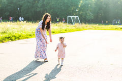 Mother and daughter in the park Royalty Free Stock Photography