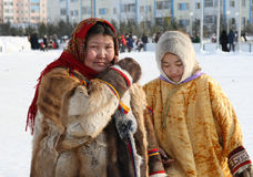 Mother and daughter of the people Nenets Royalty Free Stock Photos