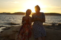 Mother and daughter in the sun Royalty Free Stock Photography