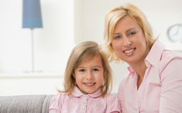 Mother and daugther in pink Stock Images