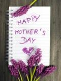 Mother& feliz x27; cartão do dia de s Fotografia de Stock