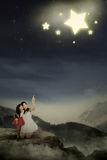 Mother and her daughter are seeing stars Royalty Free Stock Photos