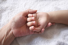 Mother & kid's hand Royalty Free Stock Photos