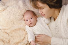 Mother and newborn daughter Royalty Free Stock Photography