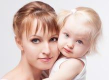 Mother och behandla som ett barn Arkivbilder