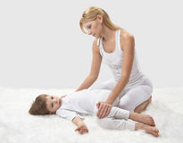 Mother and son do yoga Royalty Free Stock Photography