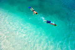 Mother and son snorkeling Royalty Free Stock Photos