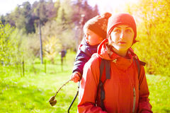 The mother and son are traveling. Royalty Free Stock Photos