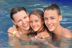 Free Mother With Children In Pool Stock Photo - 99287520