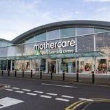 Mothercare及早在商店门面的学习中心 库存图片