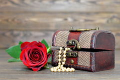 Free Mothers Day Gift Royalty Free Stock Image - 83773566