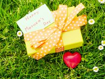 Mothers day gift box Royalty Free Stock Photography